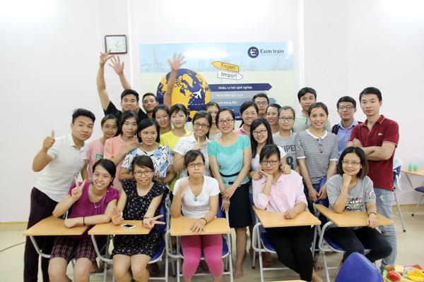 Lớp học eximtrain tại Hà Nội