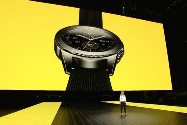 Samsung Galaxy Watch chính thức ra mắt tại Việt Nam