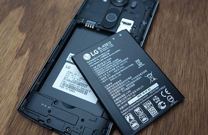 Eu muốn điện thoại thông minh có pin tháo rời, lý do tại sao?